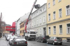 Dachdeckermeister Graz Altenburger Dachdeckerei Graz_Kranvermietung für Dachdeckerarbeiten